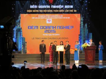 Hayen Corperation to be honored to receive certificate of merit from Hanoi People's Committee for 2 consecutive time