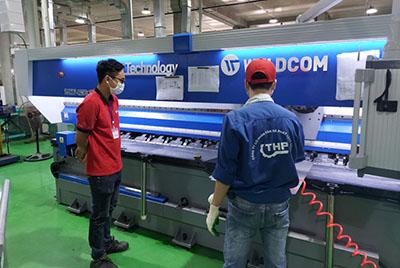Nhà máy Tân Hà Phát tổ chức đào tạo vận hành máy V-Cut