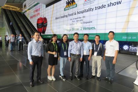 Đoàn đại diện của Hà Yến tham dự triển lãm quốc tế FHA 2018 tại Singapore