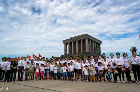 Chương trình viếng Lăng Chủ tịch Hồ Chí Minh của CBCNV Hà Yến